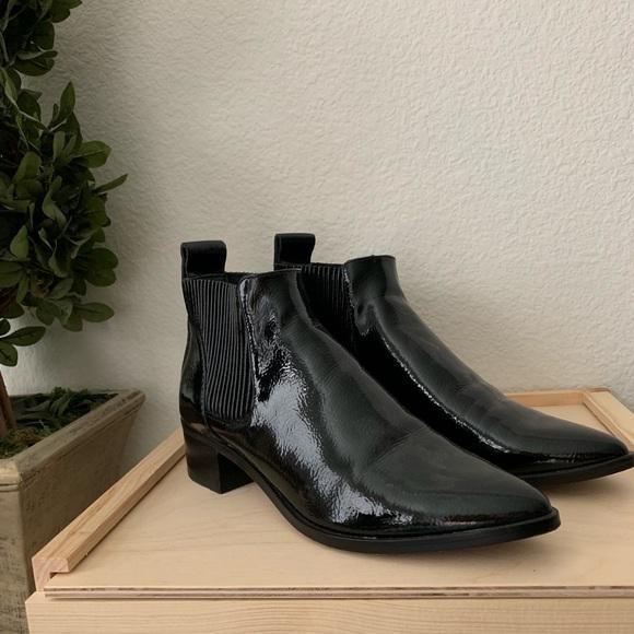 319f3786e80 NWOT Dolce Vita Macie Black Booties Size 7